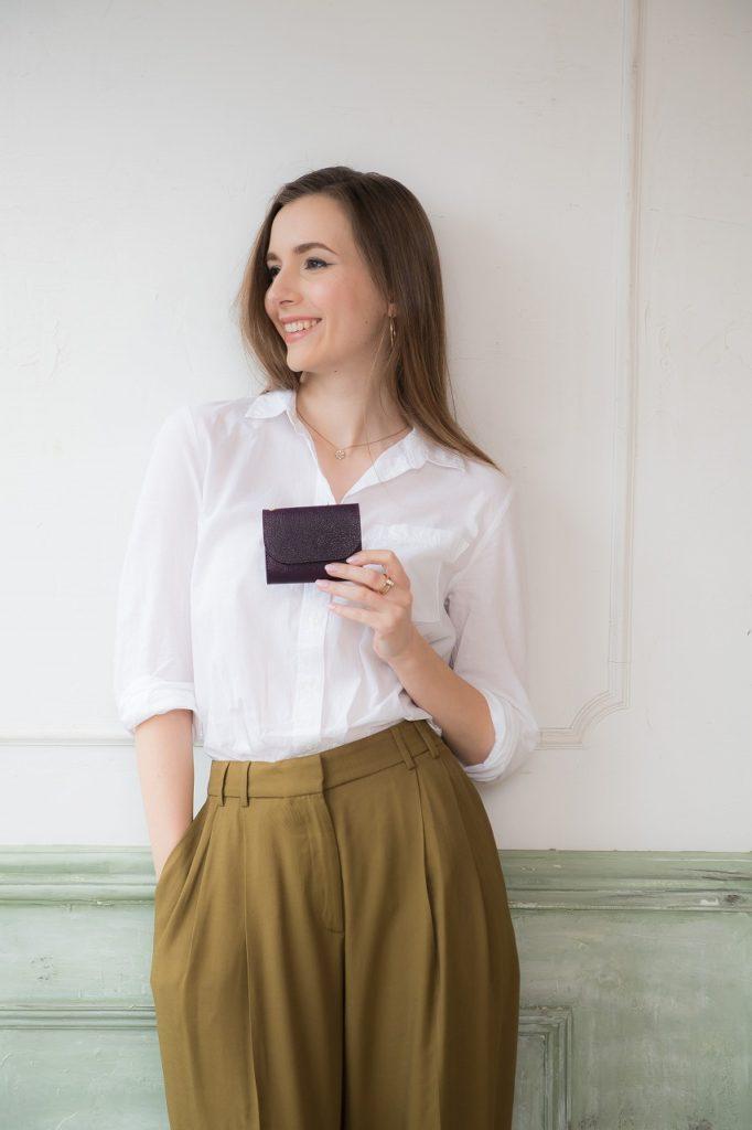 モデルキャスティング撮影 商品イメージお財布